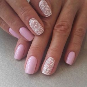 The baby pink on this white and pink lace design reminds me of bubble gum! <3