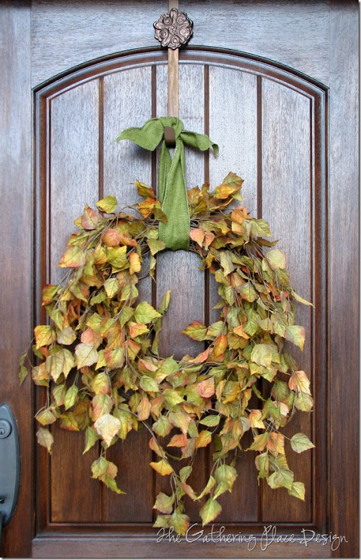 These Fall DIY Wreaths Are So Easy And Cheap To Make! Whether you like a more natural or vivid style, there's something here for you!