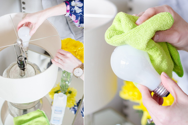 Don't change your light bulbs before you see this hack!