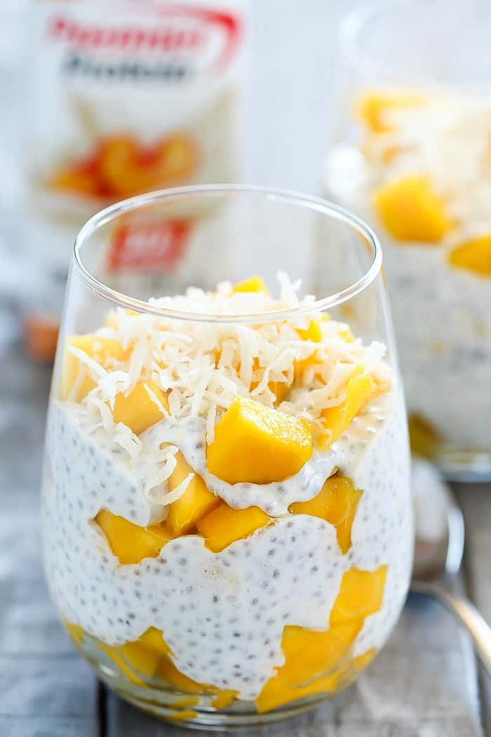 Peaches & Cream Chia Seed Pudding for a Budget Breakfast