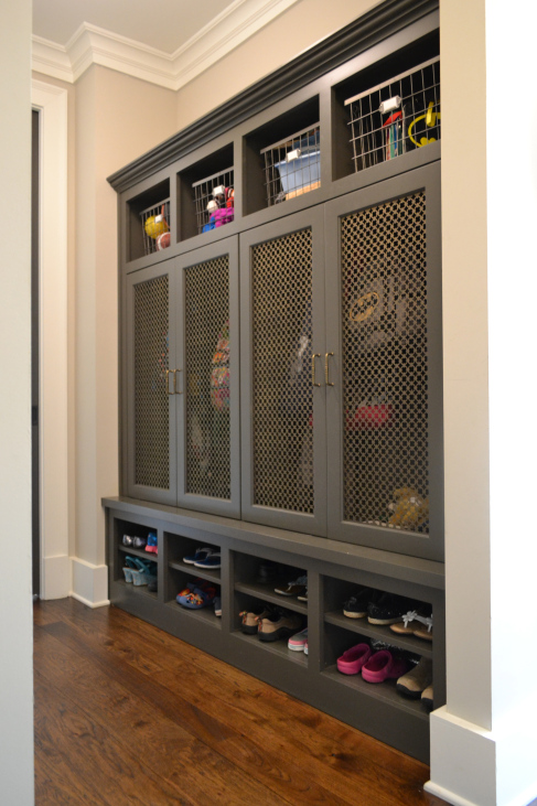 Grey Low Key Mudroom Design